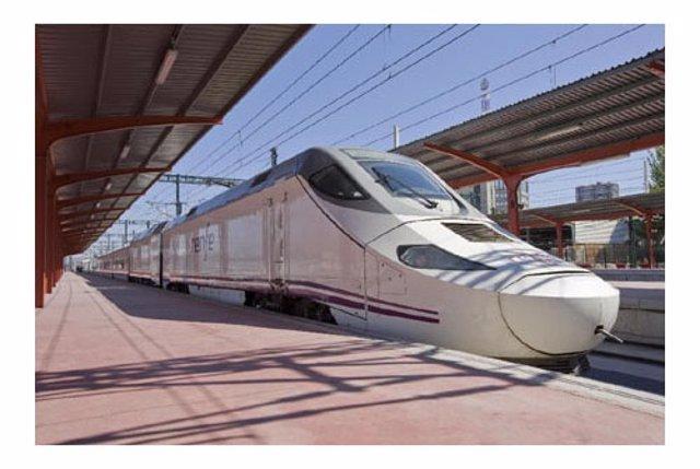 Tren AVE de la serie 730