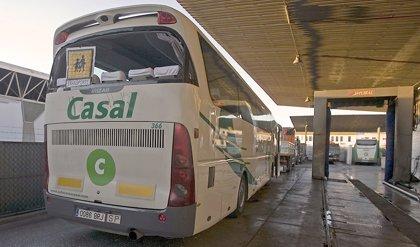 Andalucía activará autobuses escolares para transportar personal del sector agroalimentario
