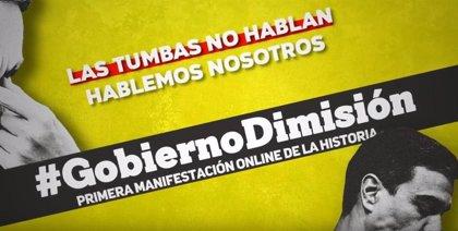 Al menos 430.000 personas siguen la manifestación 'online' que pide la dimisión del Gobierno