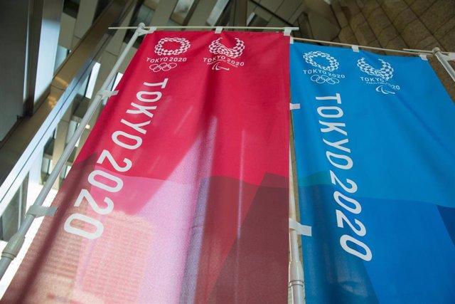 Banderas promocionales de Tokyo 2020.