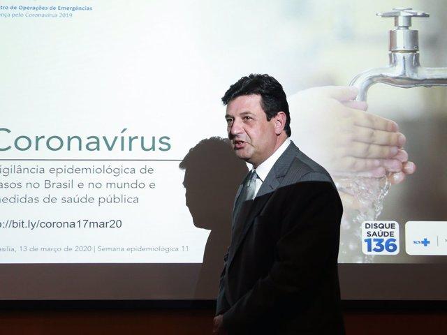 El ministro de Salud de Brasil, Luiz Henrique Mandetta.