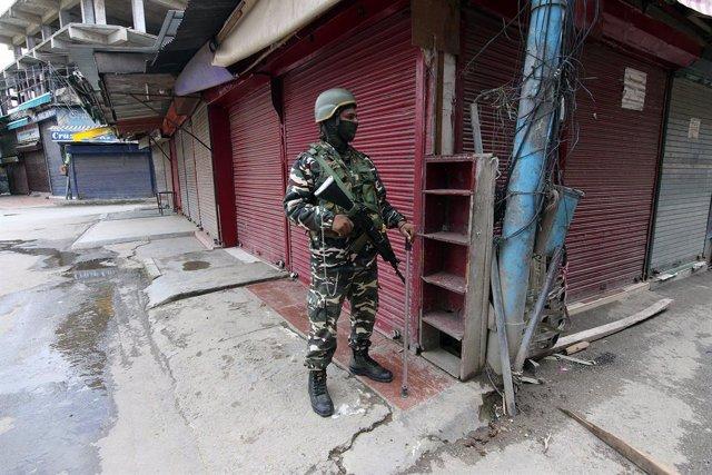 Cachemira.- Pakistán anuncia el derribo de un 'drone' espía de India en Cachemir