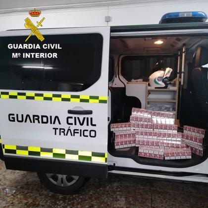 Interceptadas 500 cajetillas de tabaco de contrabando en un control de tráfico en Utrera (Sevilla)