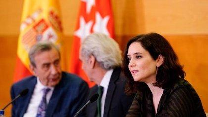 Los primeros test en Madrid se harán también a familias de sanitarios, bomberos, policías y empleados de residencias