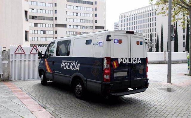 Un furgón de la Policía Nacional en una imagen de archivo