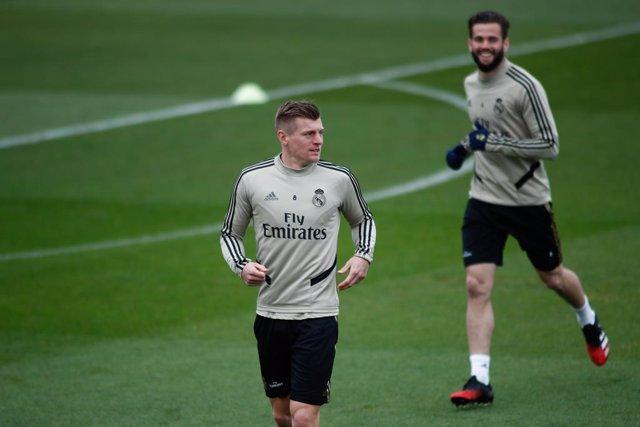 """Fútbol.- Kroos: """"Veo lógico renunciar a parte de nuestro salario"""""""