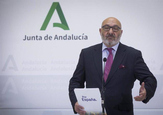 El portavoz del grupo parlamentario Vox, Alejandro Hernández, en una imagen de archivo