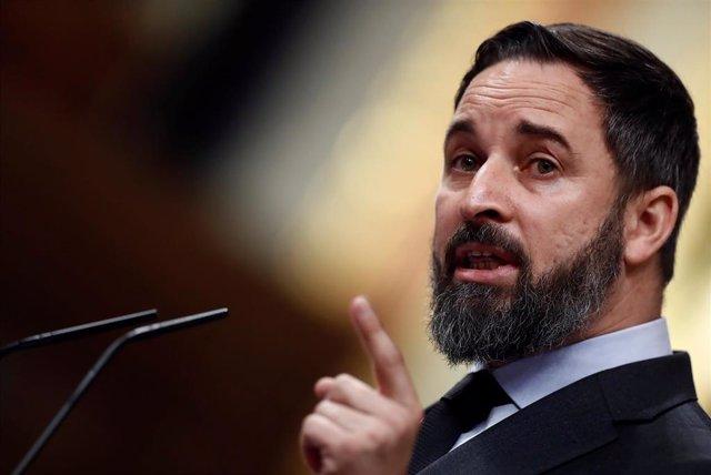 El líder de Vox, Santiago Abascal, durante su intervención en el pleno del Congreso celebrado este jueves para aprobar una nueva prórroga del estado de alarma.