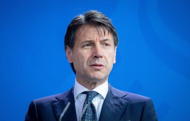 Coronavirus.- Conte dice que Italia podría empezar a relajar la cuarentena hacia