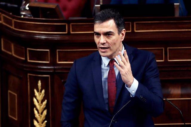 El presidente del Gobierno, Pedro Sánchez, durante su intervención en el pleno