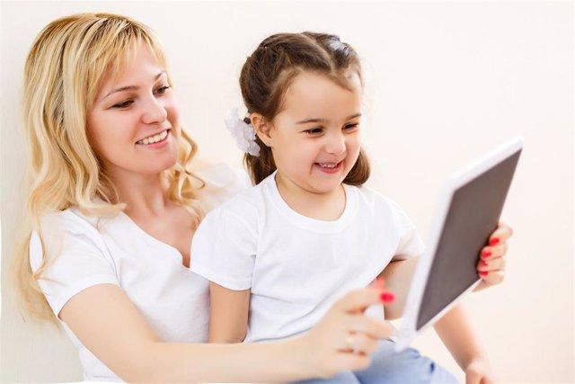 Actividades de estudio con niños en casa.