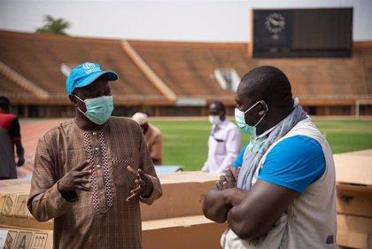África se acerca a los 13.000 contagios por coronavirus y los fallecidos rozan los 700
