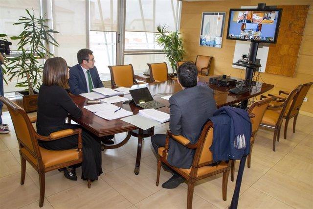 Reunión telemática en el Gobierno de Cantabria