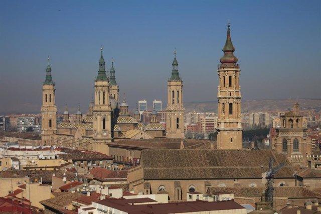Basílica del Pilar de Zaragoza y Torre de la Seo