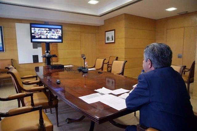 El presidente de Cantabria, Miguel Ángel Revilla, en la conferencia de presidentes autonómicos con Pedro Sánchez