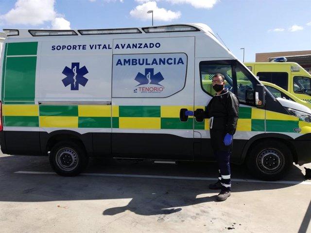 Imagen de una ambulancia Tenorio, que ha diseñado un plan de formación para sus trabajadores.