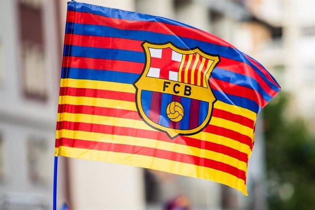 Bandera con el escudo del FC Barcelona.