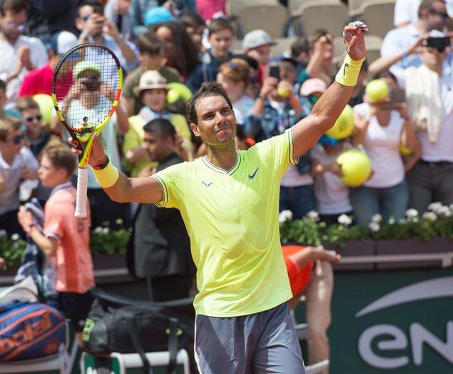 Rafa Nadal celebrant un triomf a Roland Garros