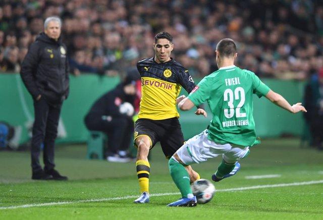 """Fútbol.- Achraf: """"En junio me tocará tomar una decisión que será un gran paso en"""