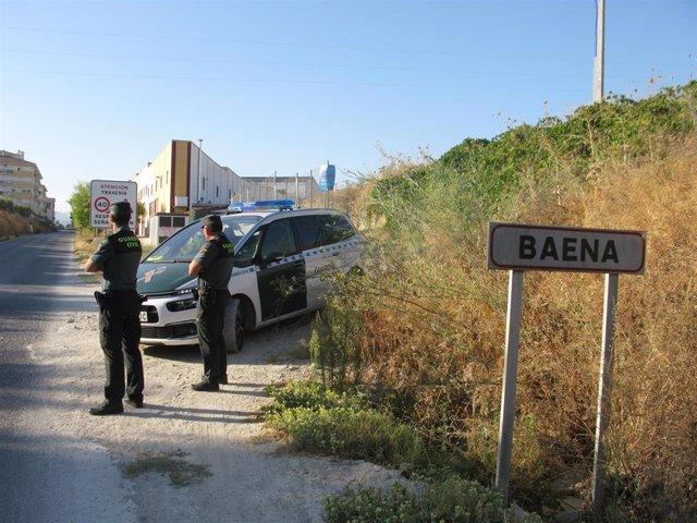 Una patrulla de la Guardia Civil en Baena