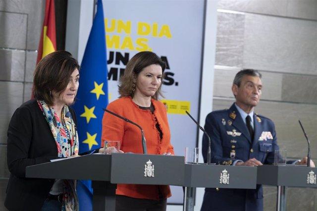 La directora adjunta del Centro de Coordinación de Alertas y Emergencias Sanitarias (CCAES), María José Sierra, interviene durante la rueda de prensa del Comité Técnico de Gestión del Covid-19, en Madrid (España) a 12 de abril de 2020.