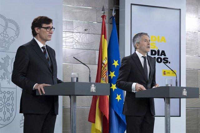El Ministro de Sanidad, Salvador Illa, y el ministro de Interior, Fernando Grande-Marlaska, comparecen ante los medios para informar de las últimas novedades sobre el Covid-19 en España durante la cuarta semana de confinamiento. 11 de abril de 2020
