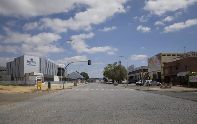 Polígono Industrial Carretera Amarilla en el estado de alarma por coronavirus, Covid-19. En Sevilla (Andalucía, España), a 27 de marzo de 2020.