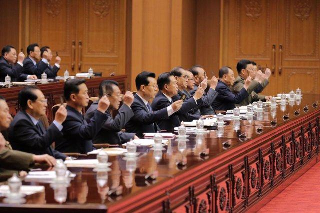 Corea.- El Parlamento norcoreano se reúne con dos días de retraso y sin Kim Jong
