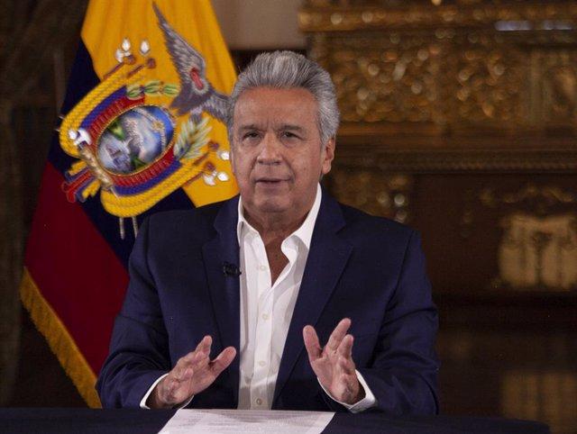 S&P sitúa a Ecuador en un 'default' selectivo tras el aplazamiento en el pago de intereses de varios bonos