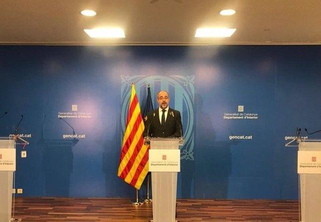 El conseller d'Interior de la Generalitat, Miquel Buch, en roda de premsa el 14 d'abril de 2020.
