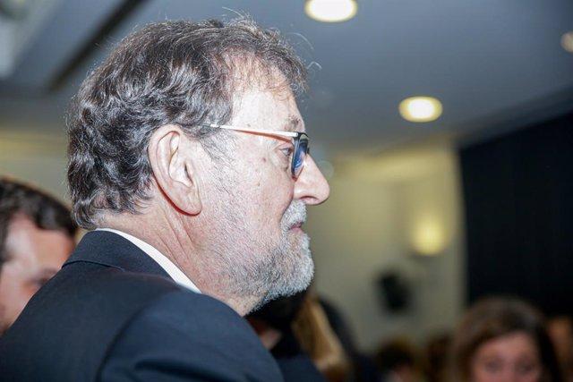 El expresidente del Gobierno, Mariano Rajoy, durante la presentación del libro 'Ellas' de Esteban González Pons en el Círculo de Bellas Artes, en Madrid (España) a 13 de febrero de 2020.