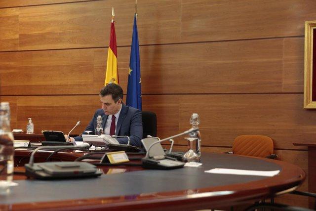 El presidente del Gobierno, Pedro Sánchez, durante una reunión del Consejo de Ministros en el Palacio de la Moncloa