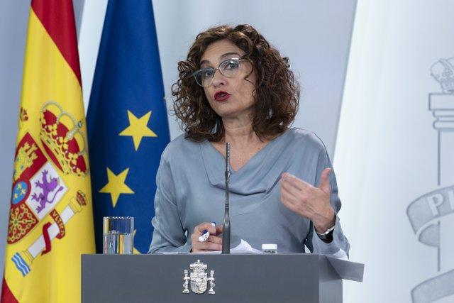 María Jesús Montero en rueda de prensa en La Moncloa