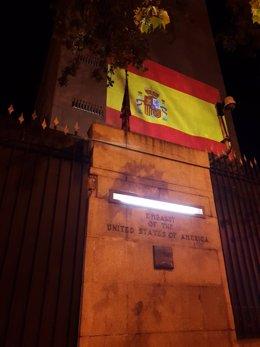 Coronavirus.- EEUU se solidariza con España iluminando la embajada con la bander