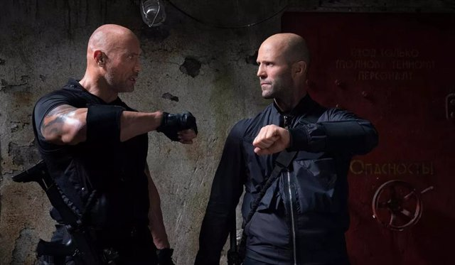 Dwayne Johnson y Jason Statham en Fast & Furious: Hobbs & Shaw