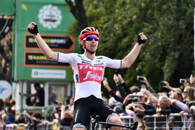 El holandés Bauke Mollema vence en el Giro de Lombardía