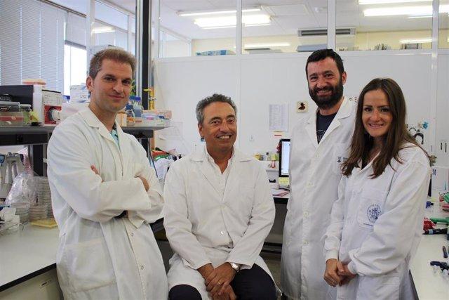Carlos Martín y su equipo