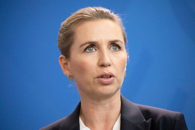 Coronavirus.- Dinamarca eliminará el obligatorio apretón de manos para los nuevo