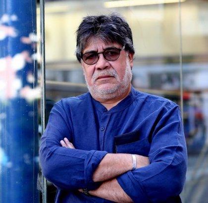 AMP.- Cultura.- Muere en España por COVID19 el escritor chileno Luis Sepúlveda a los 70 años