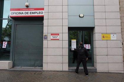 """CCOO pide """"no precipitar"""" y negociar la reincorporación de los funcionarios a la actividad presencial"""