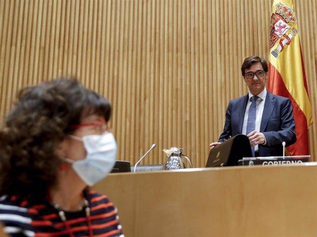 El ministro de Sanidad, Salvador Illa, a su llegada a la comparecencia ante la Comisión de Sanidad en el Congreso