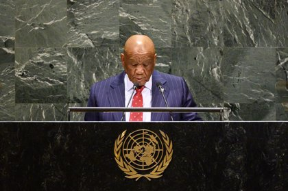 Lesoto imputará al ministro de Policía y Seguridad por violar el confinamiento por coronavirus para comprar alcohol