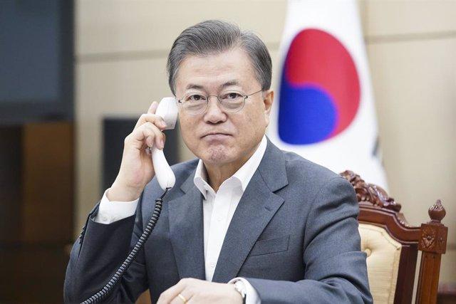 Corea.- La UE felicita a Moon por su victoria electoral y reconoce su gestión de