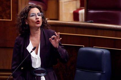"""Cvirus.- Montero rechaza datos de los fallecidos de Cataluña o Madrid y les acusa de """"confundir"""" y crear """"desconfianza"""""""