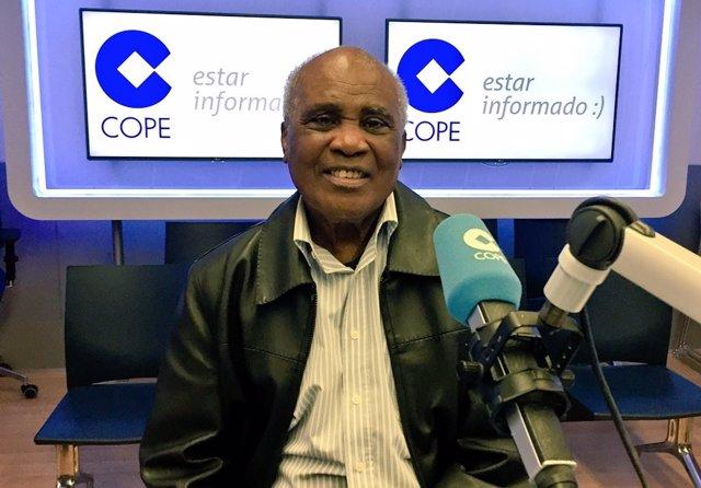 Boxeo.- José Legrá, ingresado en el Hospital Gómez Ulla con síntomas de coronavi