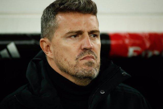 """Fútbol.- Óscar García: """"Smolov y Pione Sisto actuaron mal, la orden de quedarse"""