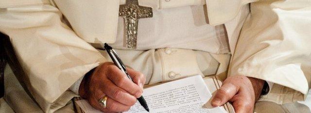 """COMUNICADO:El Papa escribe un artículo en exclusiva para la revista """"Vida Nueva"""""""
