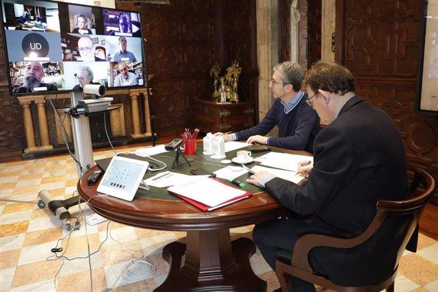 Ximo Puig y Arcadi España se reúnen con expertos