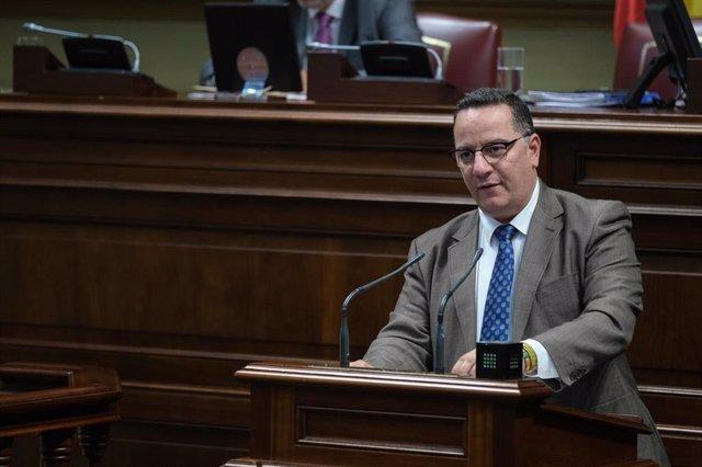 El portavoz de Derechos Sociales del Grupo Popular en el Parlamento de Canarias, Poli Suárez
