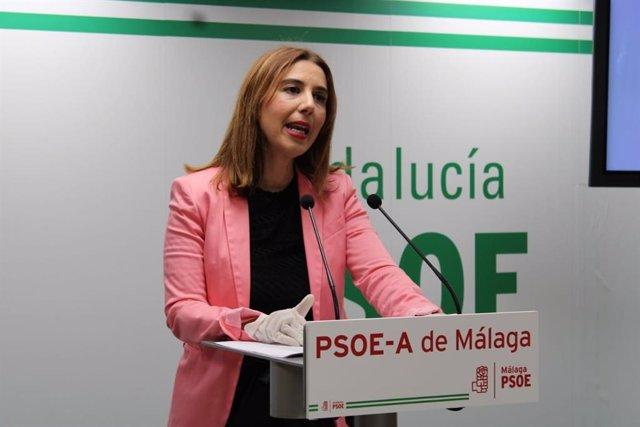 La portavoz de Educación del Grupo Parlamentario Socialista, Beatriz Rubiño, en rueda de prensa en una foto de archivo.